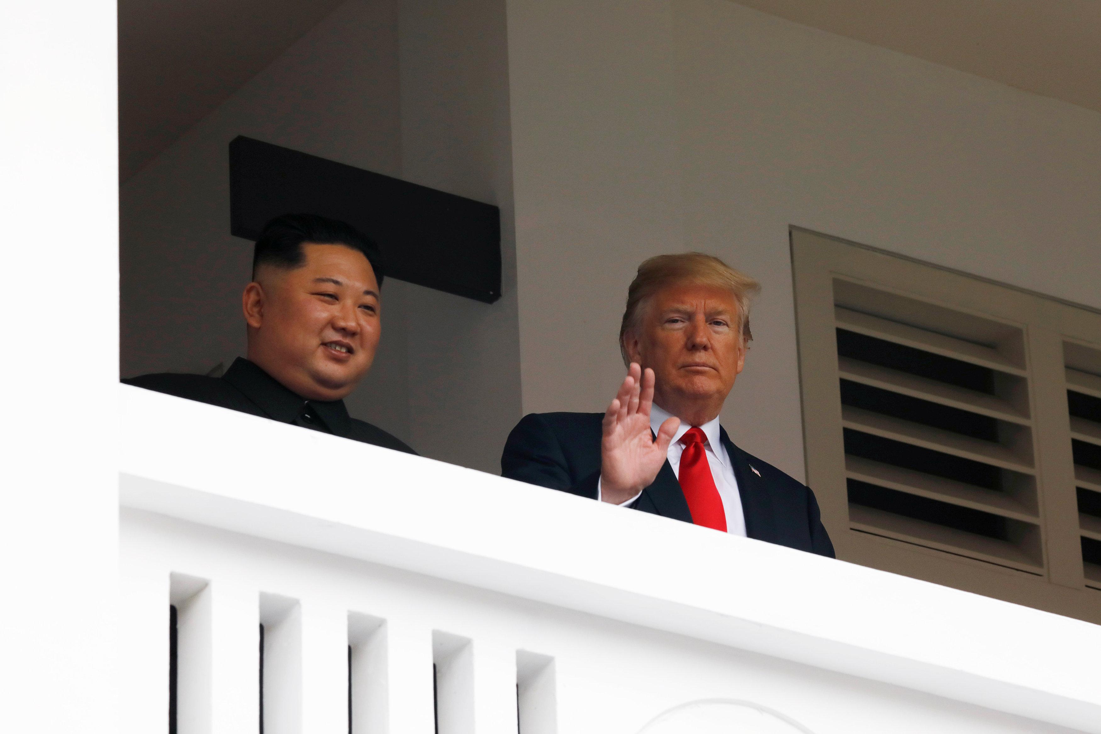 Дональд Трамп утверждает, что у них с Ким Чен Ыном любовь