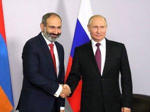 Пашинян зачастил на встречи с Путиным