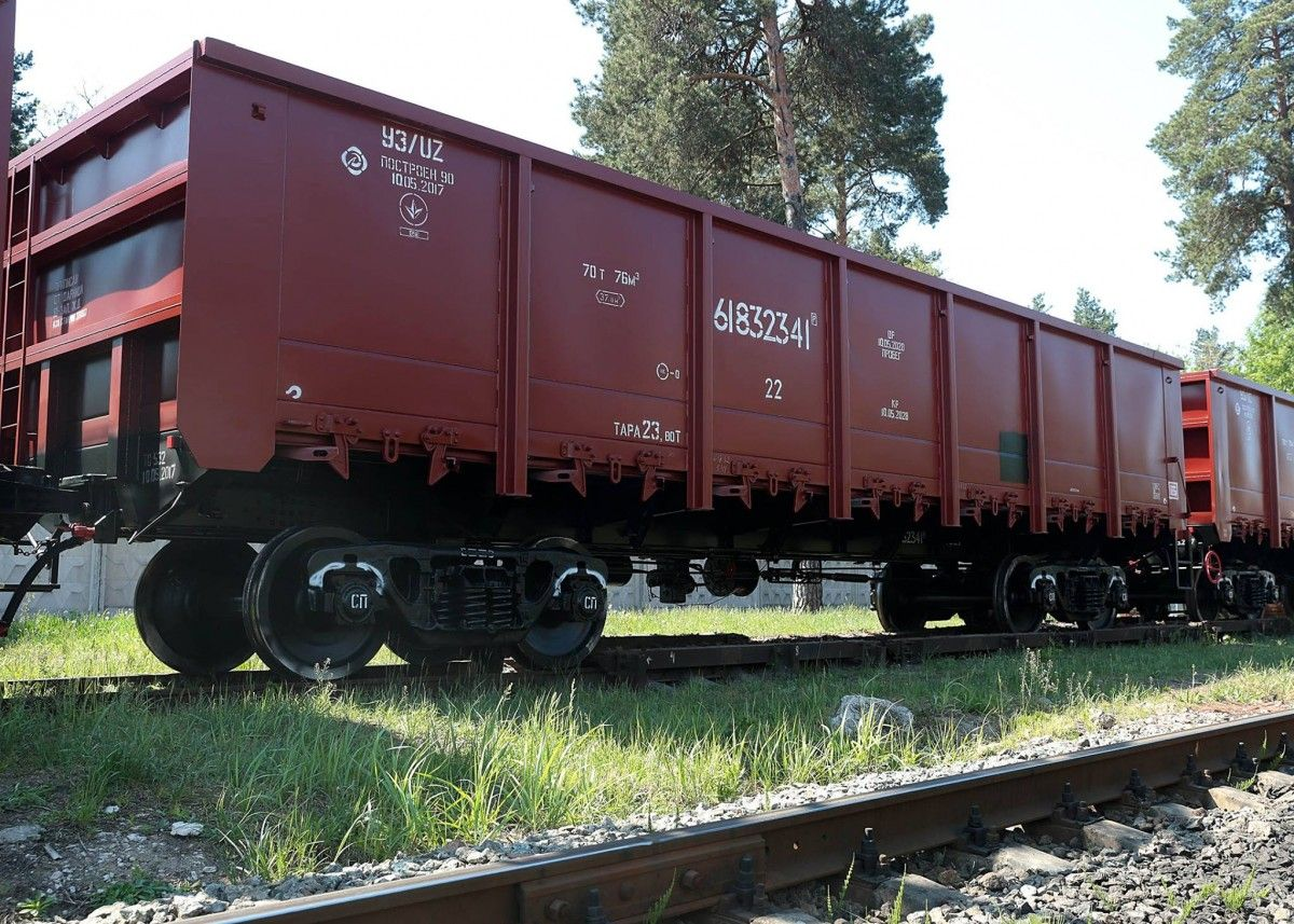 Российские железнодорожные вагоны попали под санкции