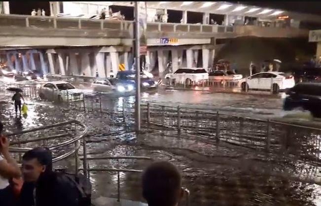 Киев на один вечер оказался во власти стихии