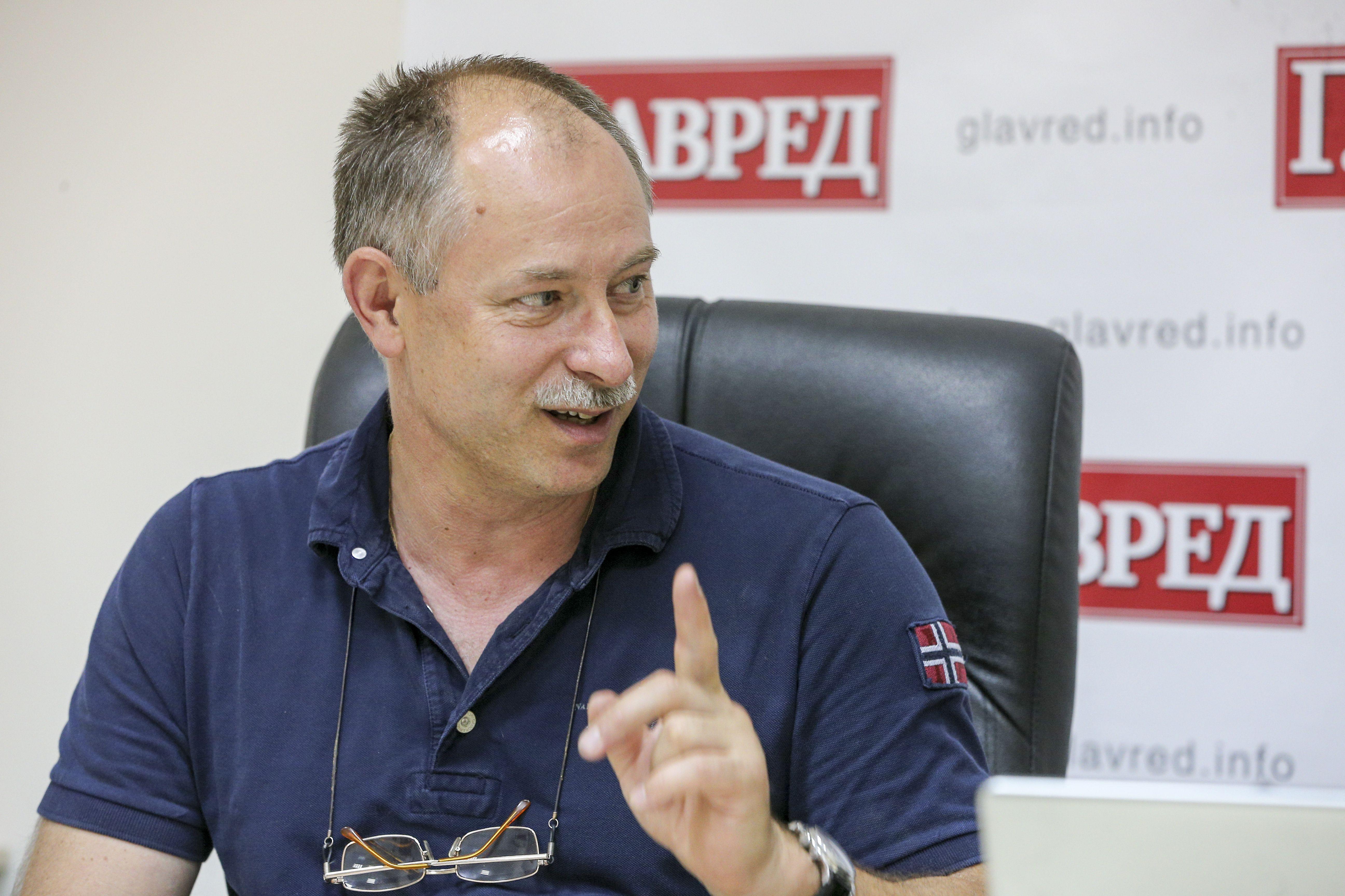 Олег Жданов