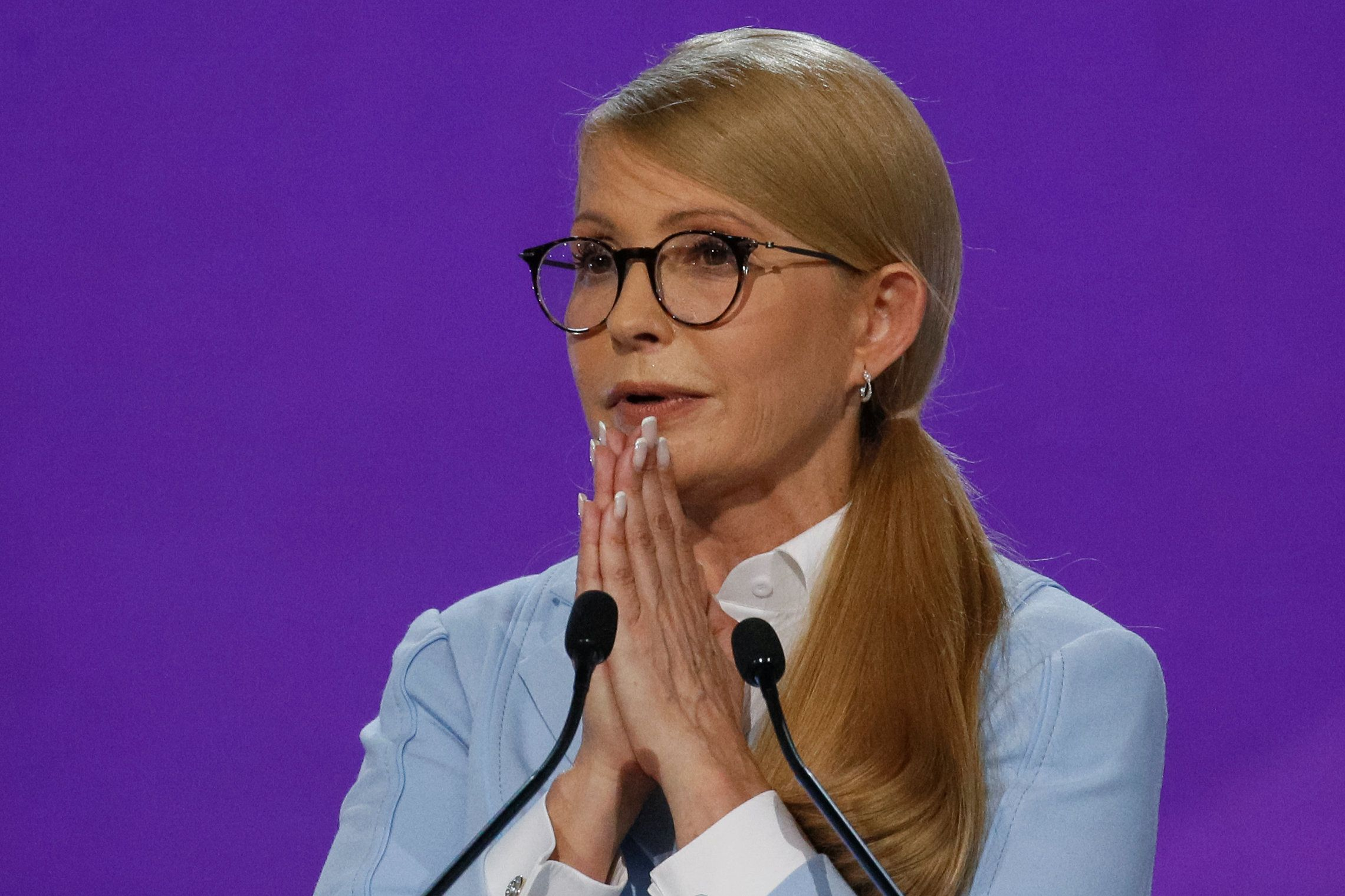 Юлия Тимошенко забыла обновить маникюр