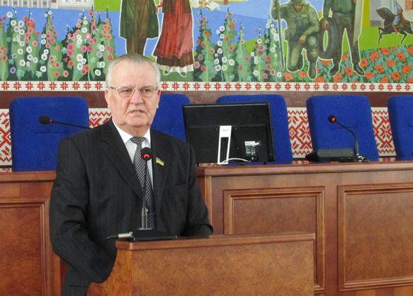 Виктор Весельский лишился запонок и держателей для галстука
