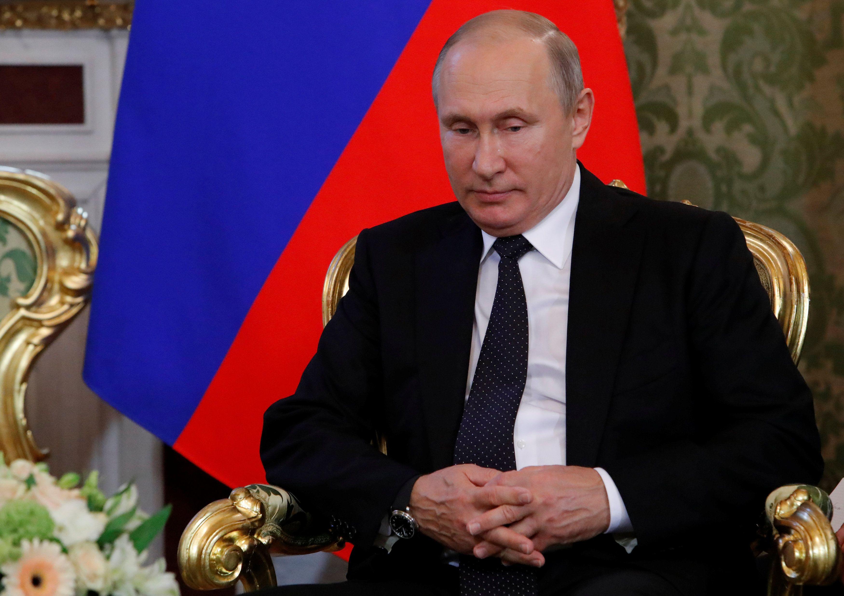 Эксперт считает, что рейтинг Владимира Путина обрушился из-за двух факторов
