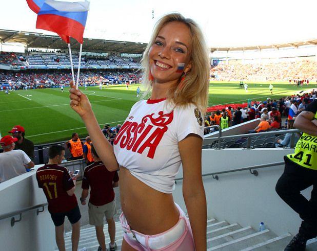 Наталья Немчинова на стадионе