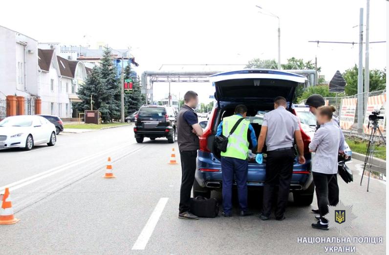 Полиция задержала подозреваемого и арестовала его машину