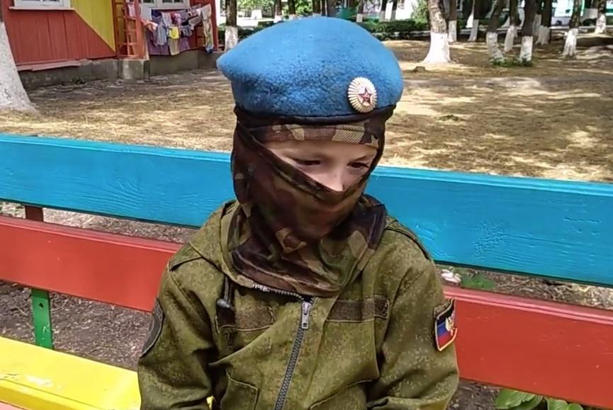 7-летний мальчик рассказал о помощи боевикам