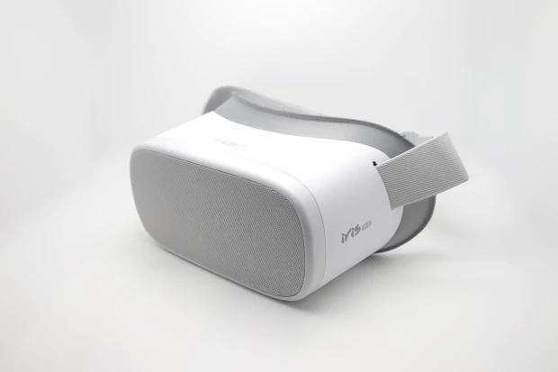 На Западе сделали специальный шлем для порно в виртуальной реальности: фото