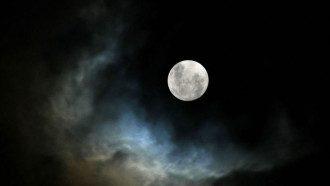 Астролог назвал полнолуние очень опасным периодом