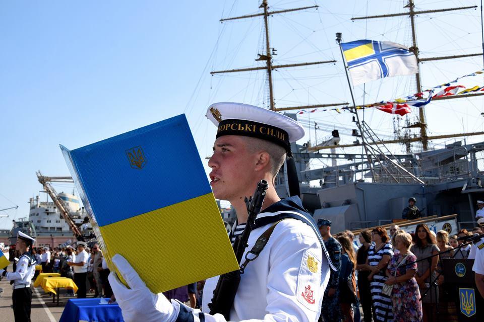 В Крыму не поверили Порошенко, пообещавшему украинский флаг в Севастополе