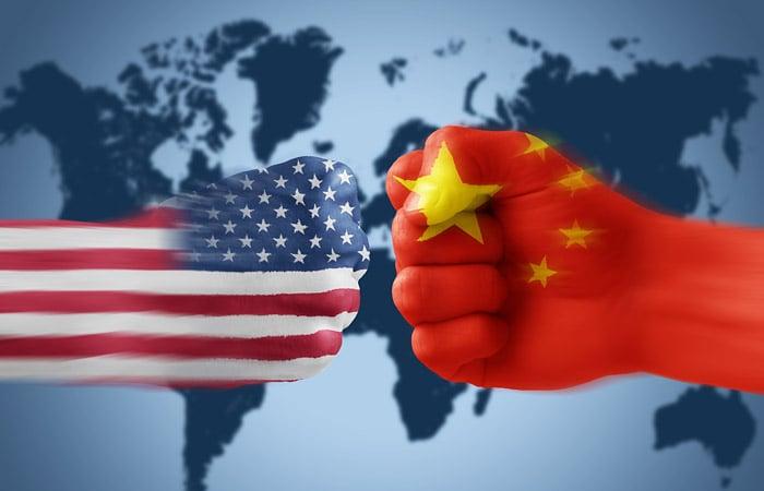 Кто кого поборет в торговой войне, пока не ясно - но убытки обещают стать миллионными