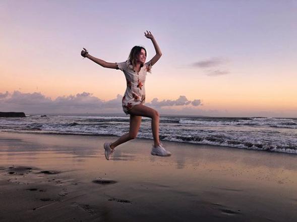Надя Дорофеева поделилась жизнерадостным фото, сделанным на Бали