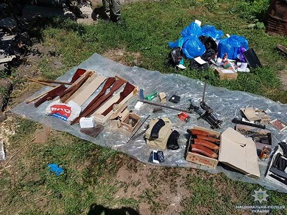 На Сумщине накрыли подпольный цех по переработке оружия (фото)