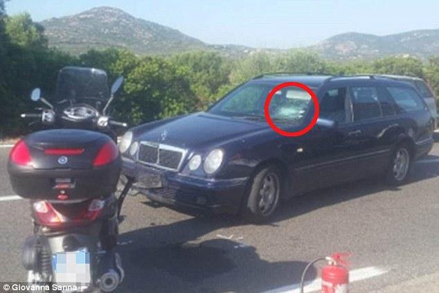 Актер влетел в лобовое стекло авто