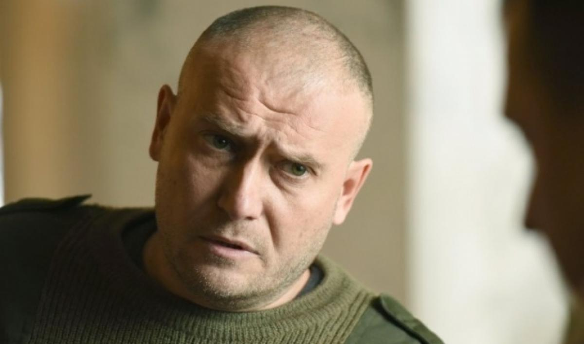 Дмитрий Ярош подчеркнул, что военное положение вводится для того, чтобы победить в войне