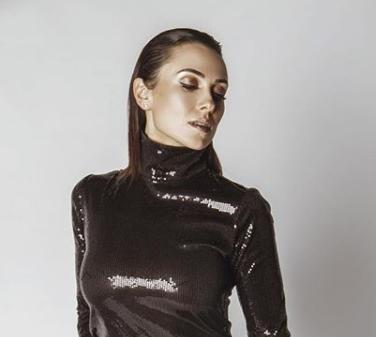 Анастасия Кумейко устроила жаркие танцы
