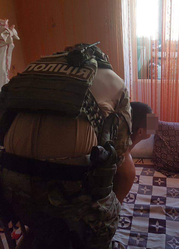 На Житомирщине ветеран АТО снимал порно со своим грудным ребенком