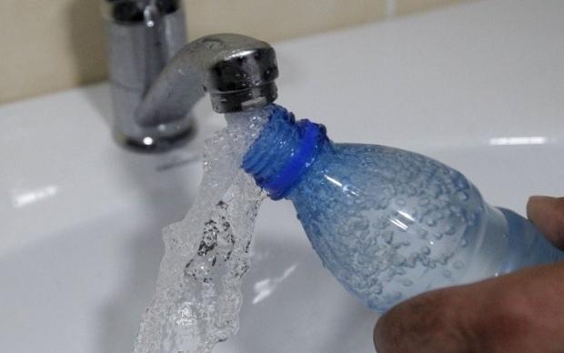 В Киеве десятки домов останутся без воды
