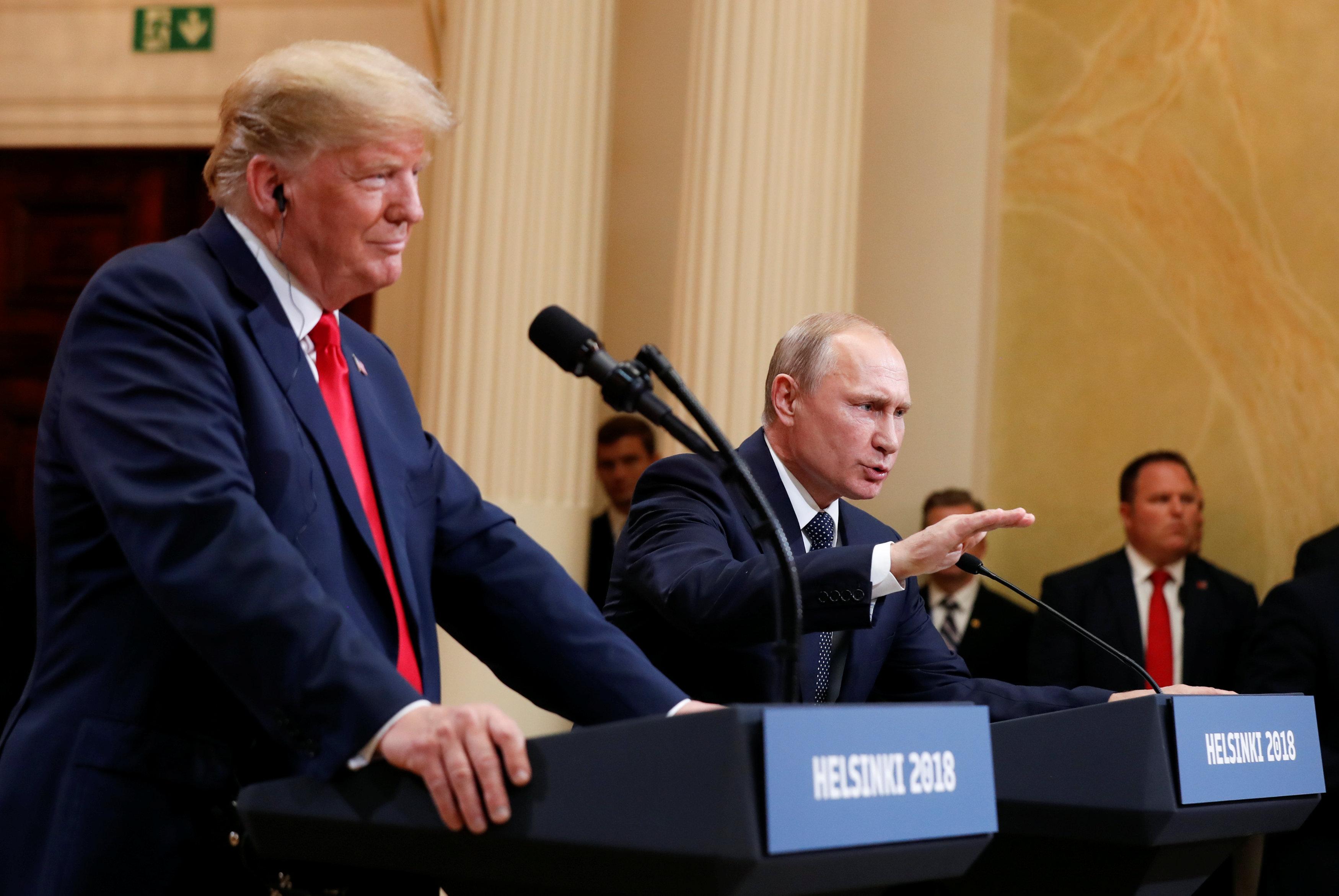 Болтон сообщил, что Дональд Трамп пригласил Владимира Путина посетить Вашингтон в 2019-м