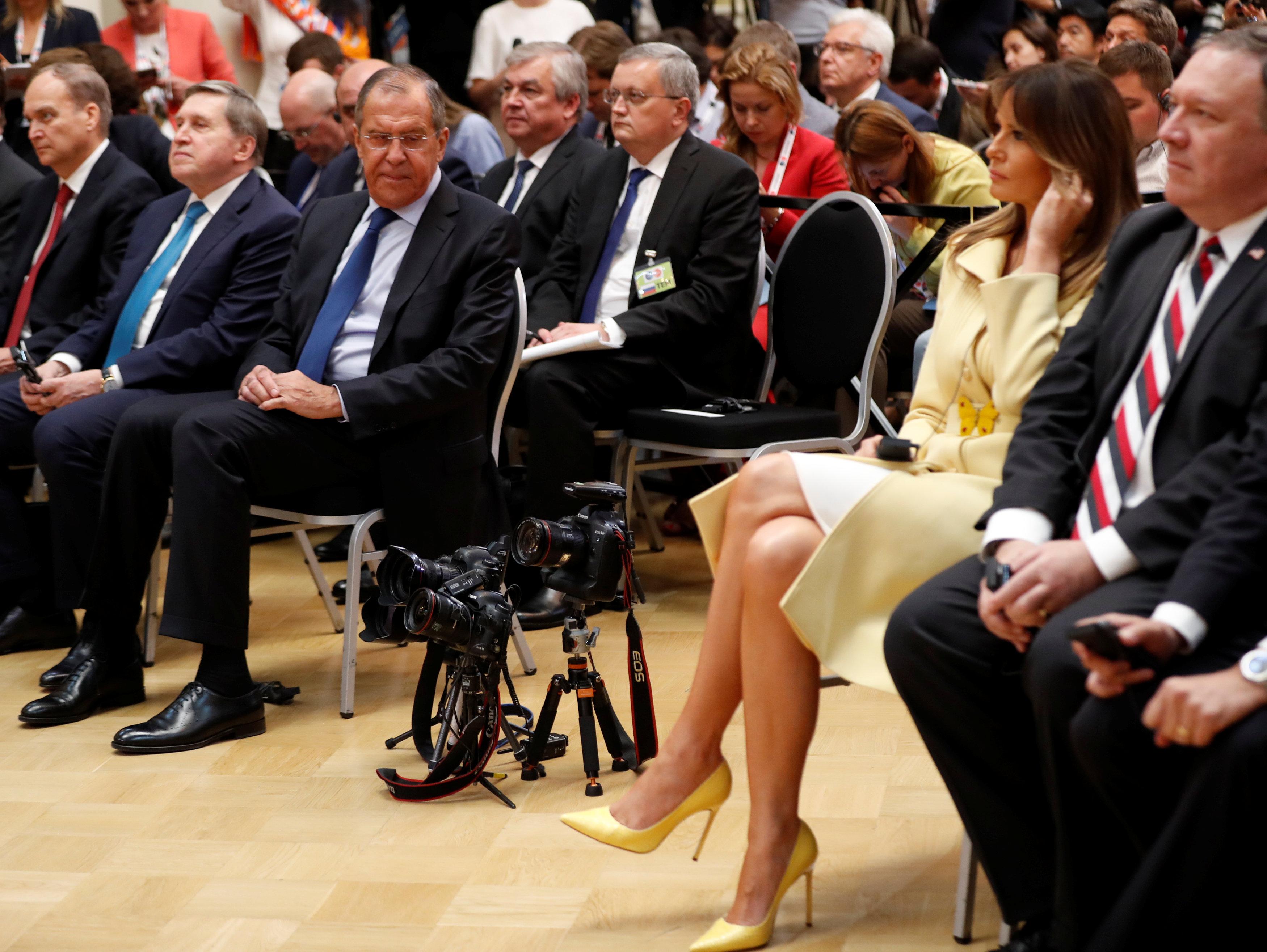 Лавров не сводил глаз с ножек Мелании Трамп.
