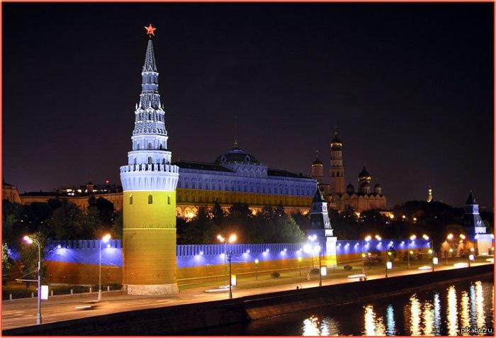 В Москве возжелали перекрасить стены Кремля