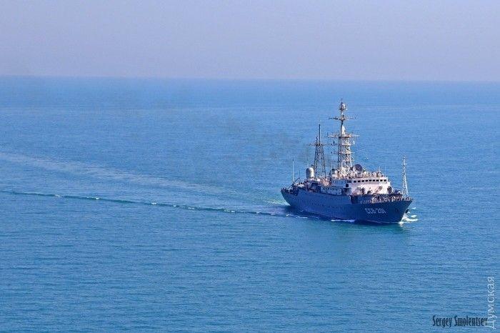 Украина готовится к перехвату кораблей РФ в Азовском море.