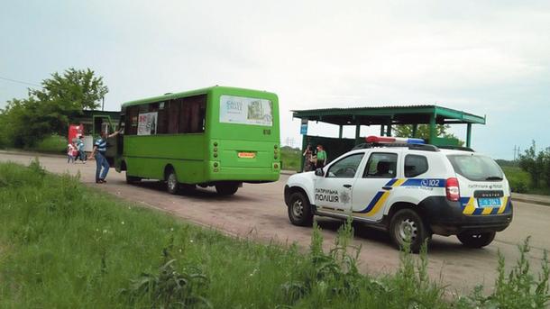 Автобусы проверяет патрульная полиция и Транспортная инспекция