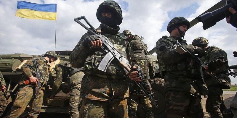 Армия в Украине - Зеленский решил легализировать частную армию