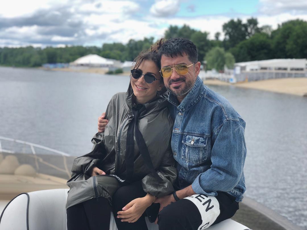 Ани Лорак и ее муж Мурат Налчаджиоглу