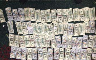 Миллион долларов США, похищенный у предпринимателя, вернется в владельцу