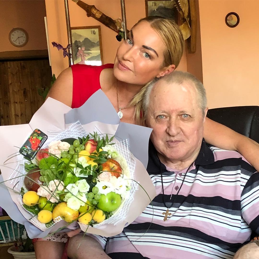 Анастасия Волочкова и ее отец Юрий Волочков