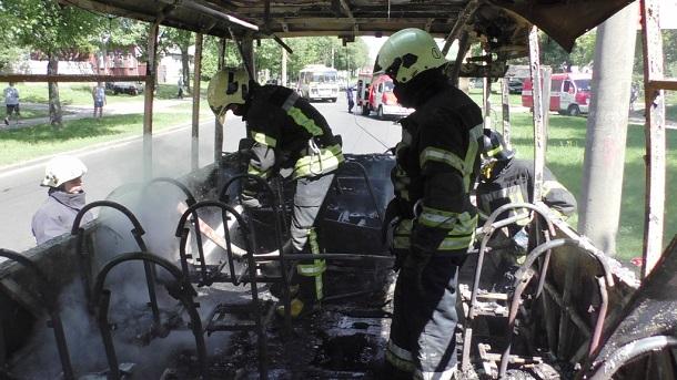 Сгоревшая маршрутка в Чернигове 1