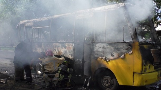 Сгоревшая маршрутка в Чернигове 5