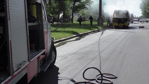 Сгоревшая маршрутка в Чернигове 6