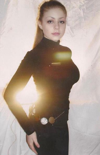 Тина Кароль показала фото, на котором запечатлена в студенческие годы