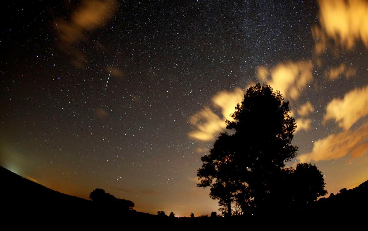 Когда и где наблюдать звездопад Персеиды 2019