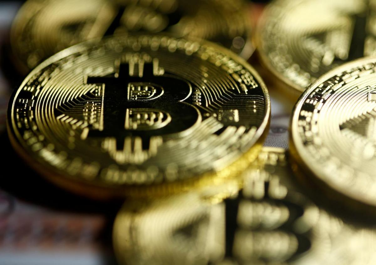 Курс биткоин снова снижается, очевидно падение до $3,5 тыс.