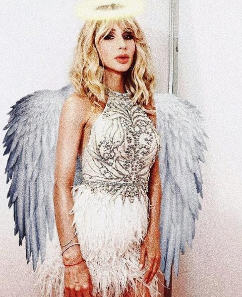 Светлана Лобода опубликовала снимок в образе ангела