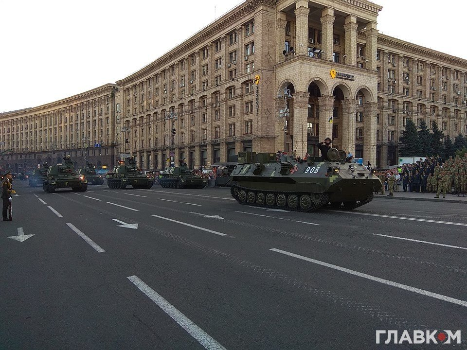 Украина сумеет пройти военные тестирования без ограничения демократии— Порошенко