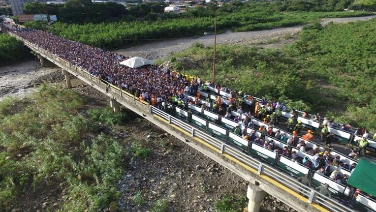 венесуэла беженцы