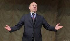 """""""Отойди от меня, нечисть!"""": появилось видео, как Парубий в Раде изгонял Новинского"""