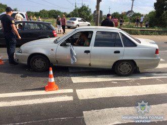 Под Одессой авто въехало в толпу протестующих