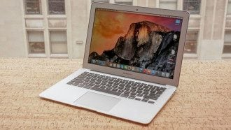 Предыдущая модель - MacBook Air 2015 / Cnet