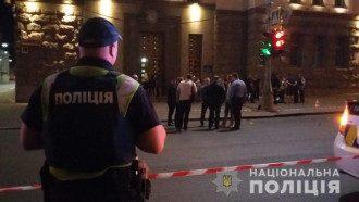 Мужчине, устроившему стрельбу у горсовета Харькова, предположительно, под 60 лет
