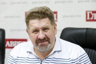 Зеленский новости — Россия применяет против Владимира Зеленского новую схему, сообщил Кость Бондаренко