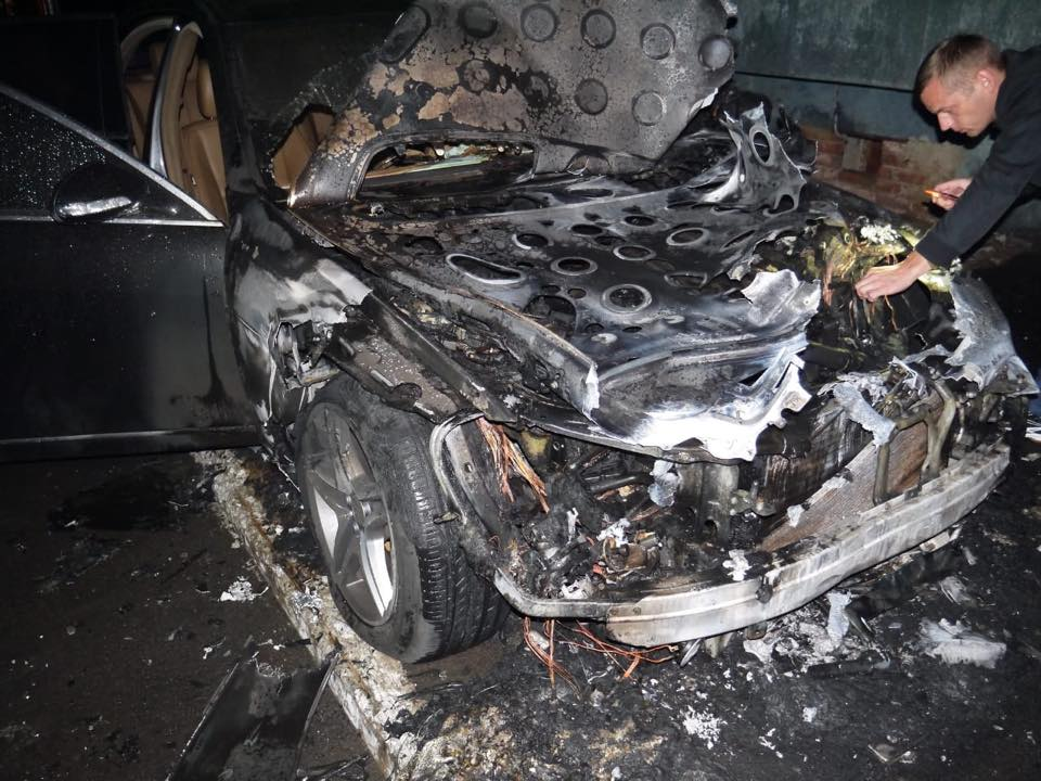 Поджог авто депутата в Ровно