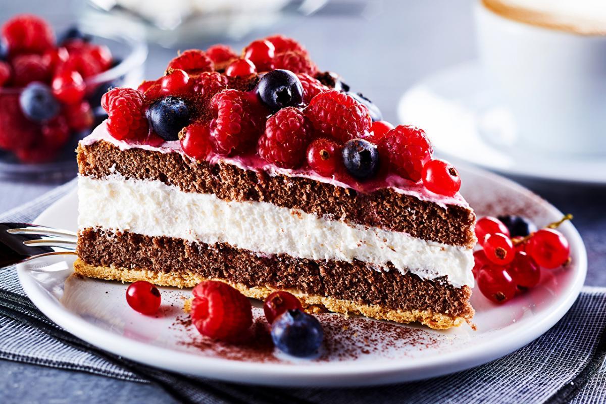 Вред сладкого — Постоянная тяга к сладкому может свидетельствовать о нечувствительности клеток к инсулину, предупредила диетолог