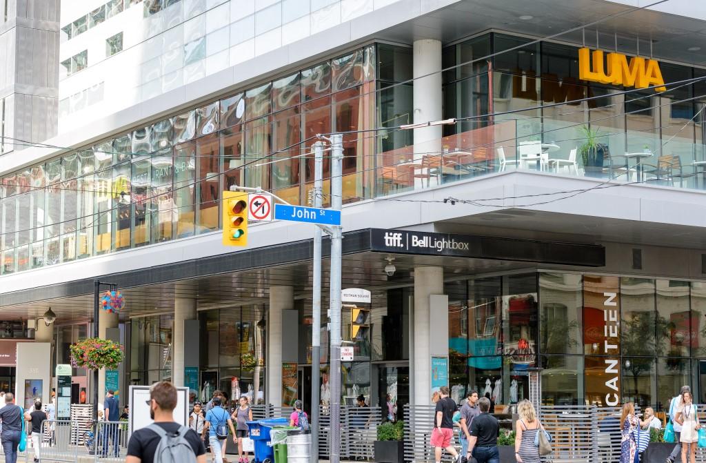 TIFF Bell Lightbox в центре Торонто