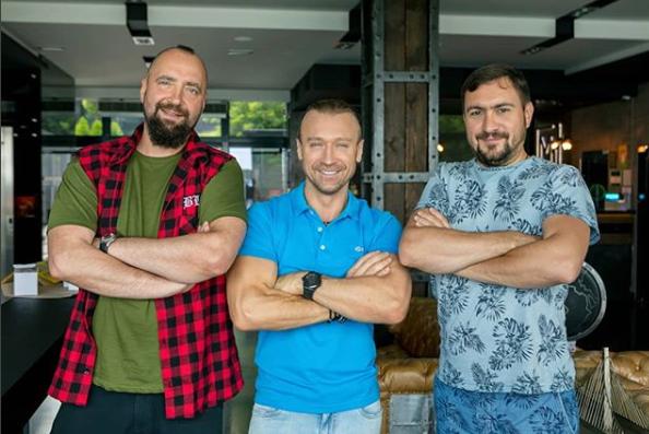 Олег Винник опубликовал фото с настоящими друзьями — Александром Горбенко и Сергеем Букшиным
