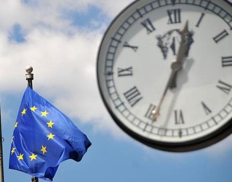 Эксперт сообщил, что главным риском для Евросоюза является евро